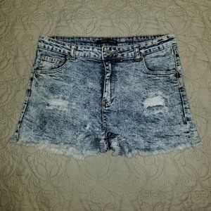 GOGO Jeans, Junior's ripped shorts, size 15